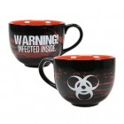 Resident Evil Kaffeebecher mit 3D Zombie im Innern