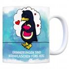 Kaffeebecher mit Pinguin Motiv und Spruch: Erinnerungen sind Wärmflaschen ...