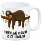 Kaffeebecher mit Faultier im Büro Motiv und Spruch: Ich spüre das Tier in mir, es ...