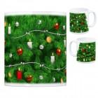 Kaffeebecher mit fotorealistischem Weihnachtsbaum Motiv