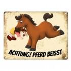 Metallschild mit Pferde Motiv und Spruch: Achtung! Pferd beisst