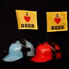 2er Set I love beer Trinkhelme mit Fahnen