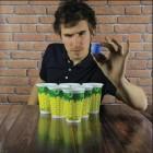 Tropical Beer Pong Trinkspiel mit 12 Bechern und 2 Bällen